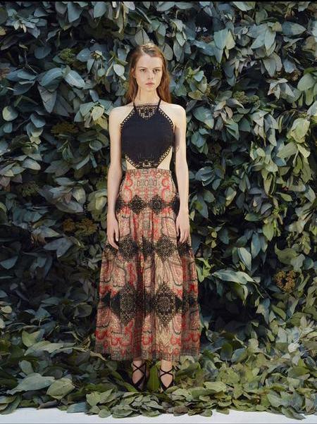 _Платье из коллекции Ольги Вильшенко с вышивкой от Крестецкой строчки_0.jpeg
