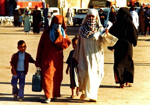 3  Moroccan-women.jpg