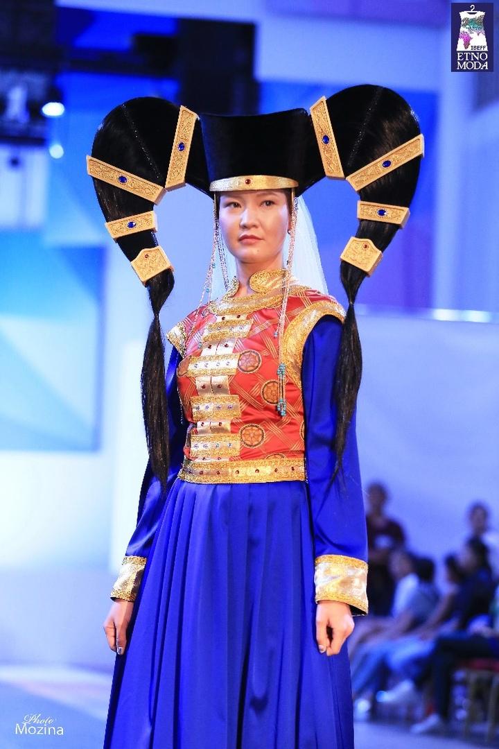 коллекция Сны предков. Монгольский национальный костюм, Погодаева Вероника.jpg