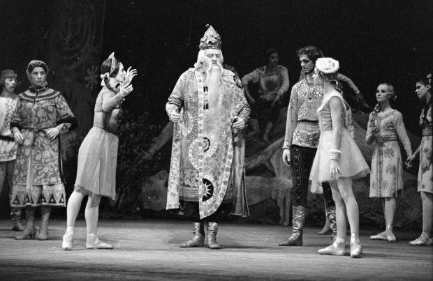 1963 Степанов А. Фотонегатив. Чайковский П.И., балет «Снегурочка».JPG