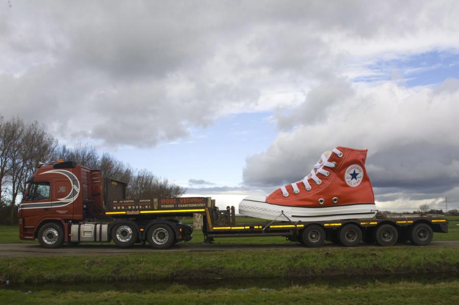 1  Нидерланды ботинок длинной 5,5м претендует попасть в книгу рекордов Гиннесса № объе.jpg