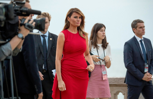 melania-red-dress-01.jpg