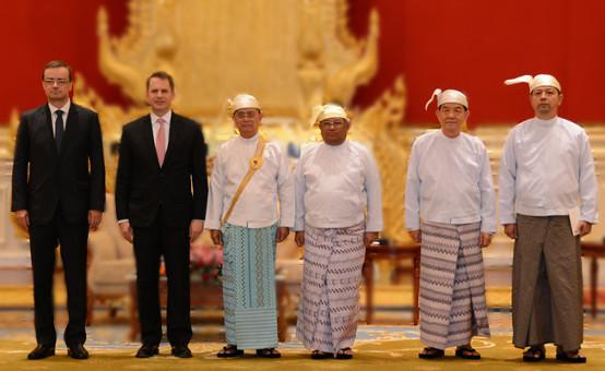 1                Myanmar2015.jpg
