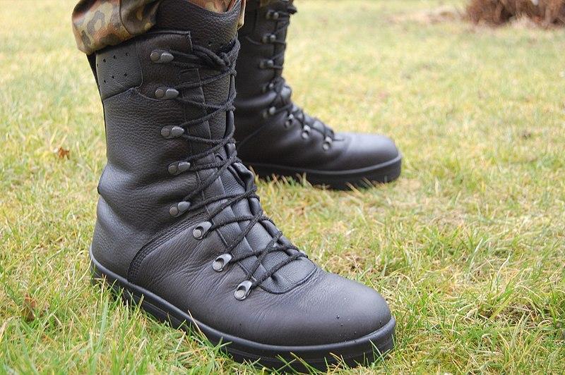 Standard combat boots of Bundeswehr  .jpg