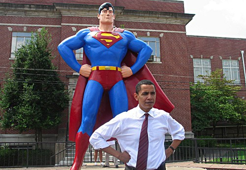 7 Barack Obama posed for a photo in front of the large Superman statue in Metropolis, Illinois in 2006..jpg