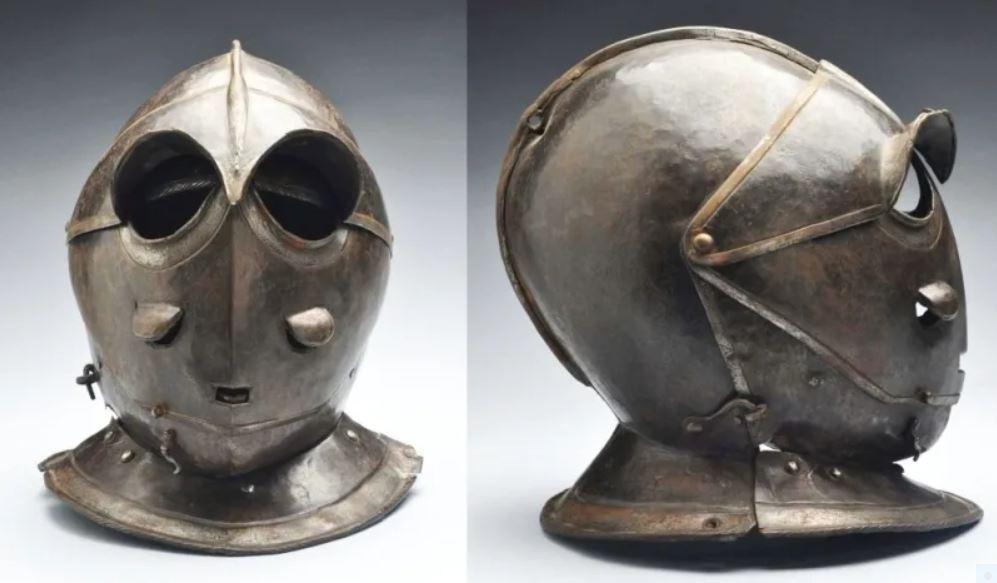 4 A German or Italian Savoyard Helmet, c. 1620-16302.JPG