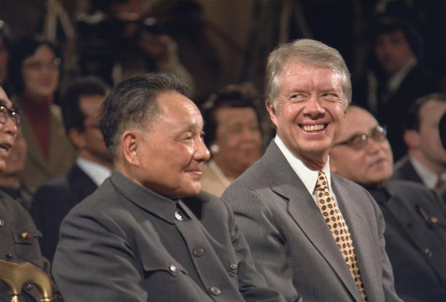 _6 Дэн Сяопин встречается с Джимми Картером.jpg