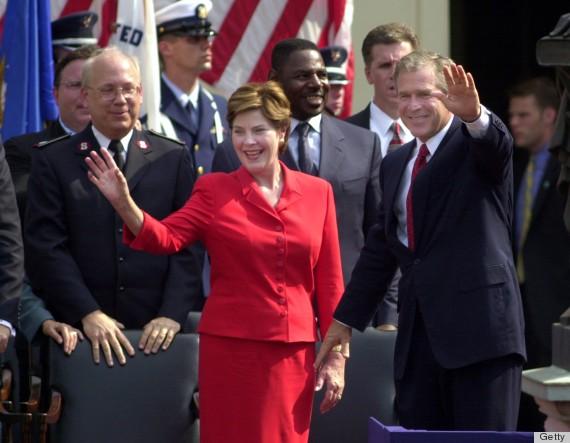 С чего начинается Родина или как испохабить День Независимости США. 4 Bush son 2001.jpg