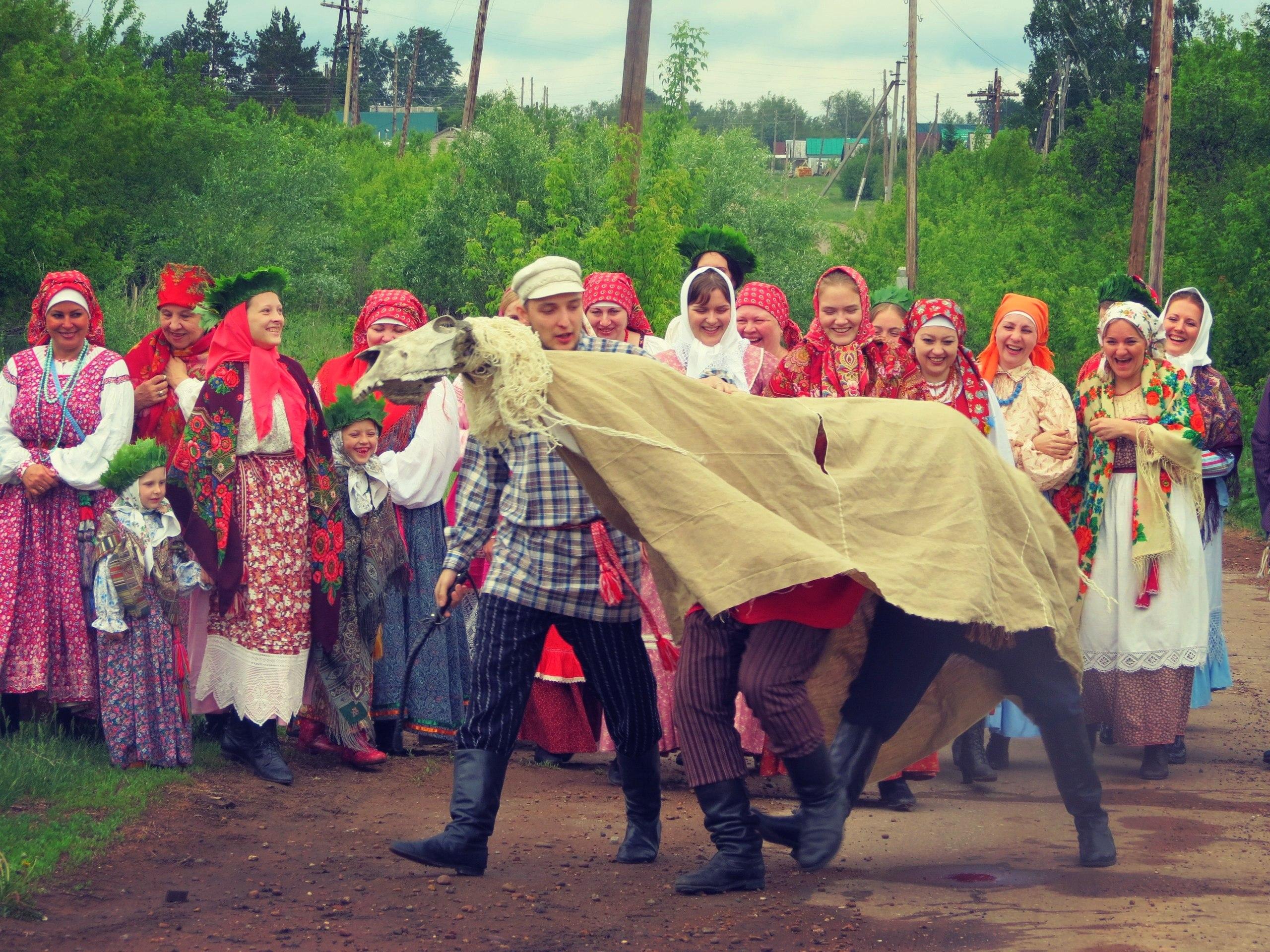 Horse _Фото со съемок телепередачи «Путь паломника» о традициях празднования Троицы в Самарской области..jpg