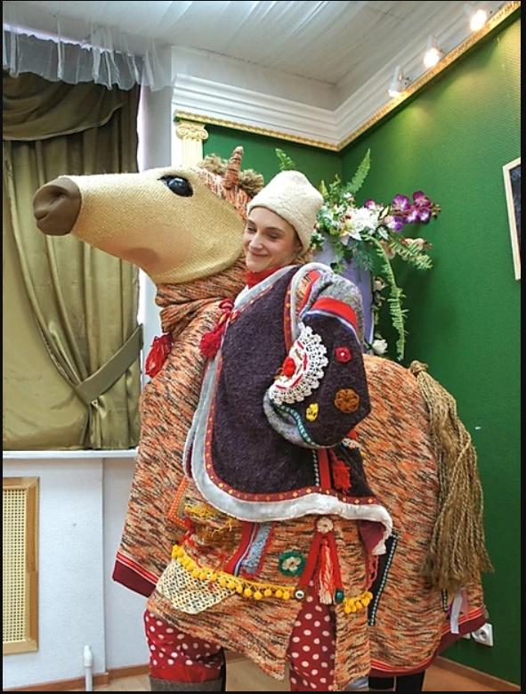 1 Коллекция Широкая масленница Костюм медведя без маски и костюм лошадки на 2 человек.PNG