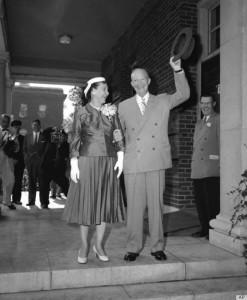 4 Eisenhowers 1956.jpg
