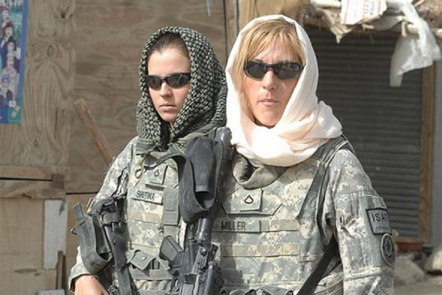 _900 x 600 hijab-in-us-army.jpg