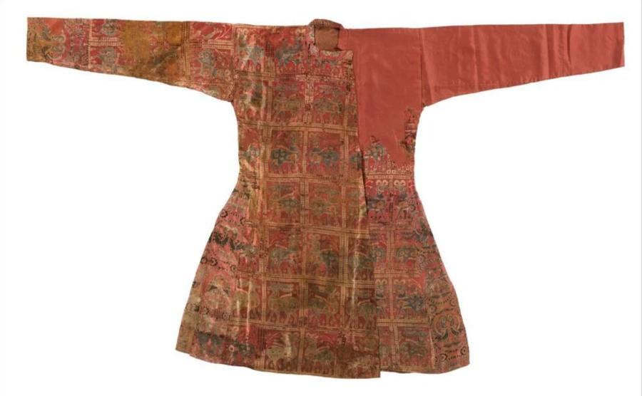 Согдийский шелковый халат VII-VIII вв. н.э..PNG