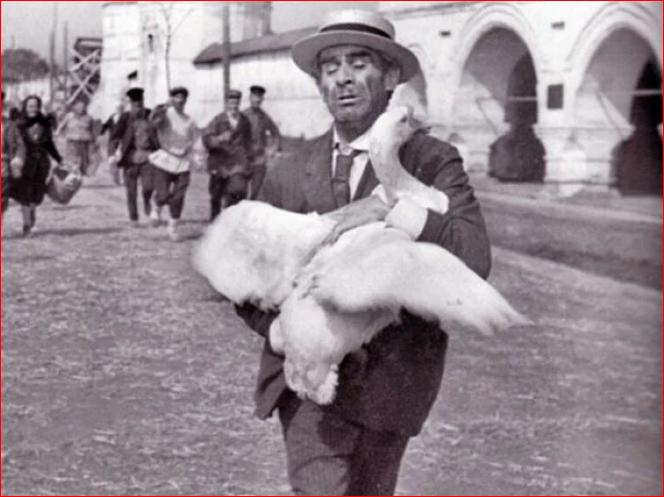Шляпа канотье в советском кинематографе 1968 Capture.PNG