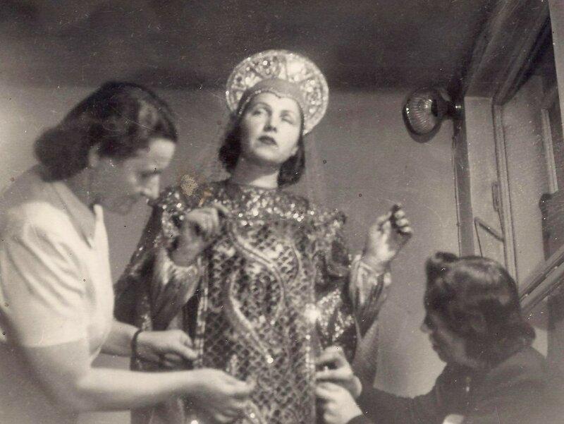 ____Фотографии с примерки костюмов к кф Каменный цветок на киностудии Баррандов.jpg