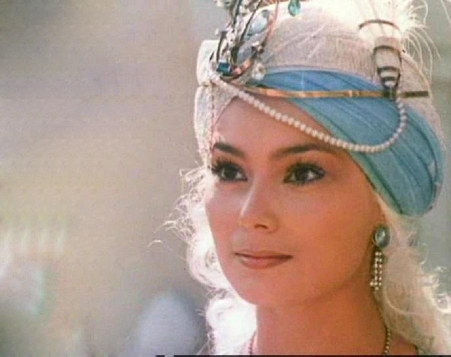 Лариса Белогурова  И еще одна ночь Шехерезады 1984 Лариса Белогурова принцесса Малика  3.jpg