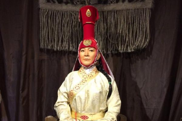Бокка - один из самых необычных головных уборов Золотой Орды