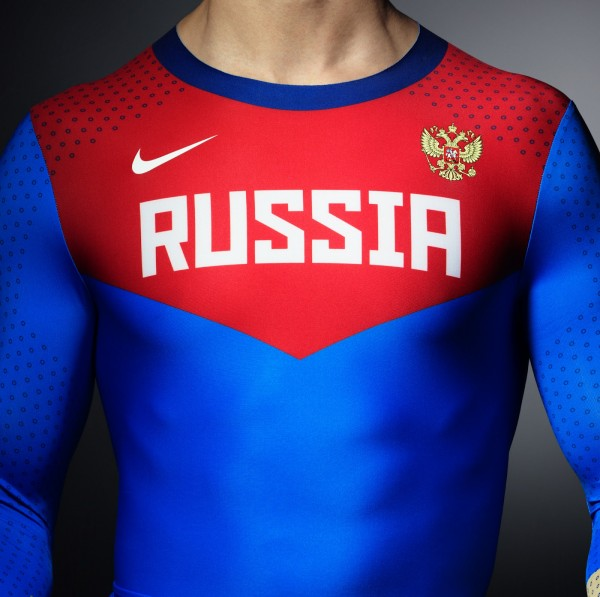 Что за вброс про олимпийскую форму? 11 NikeTF_Innovation_Fa12_NikePro_Turbospeed_Russian_02_detail_chest_original.jpeg