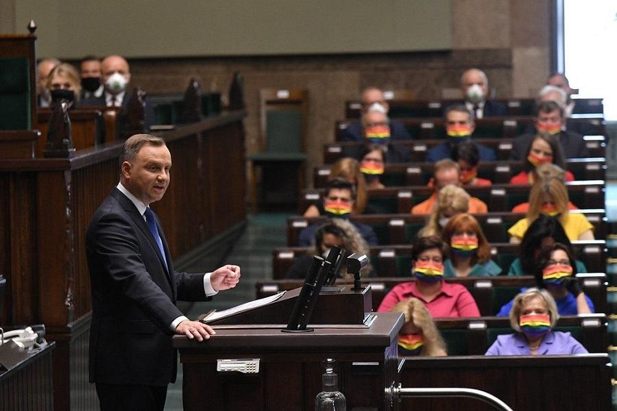 Люблинский треугольник и нерадужные польские перспективы