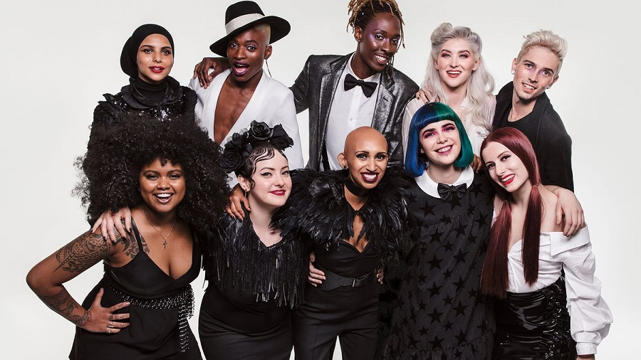 "10 Sephora employees in the retailer's ""Reach Out and Gift"" Holiday 2017 campaign.jpg"