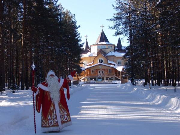 2  Вотчина-Деда-Мороза-в-Великом-Устюге-фото.jpg