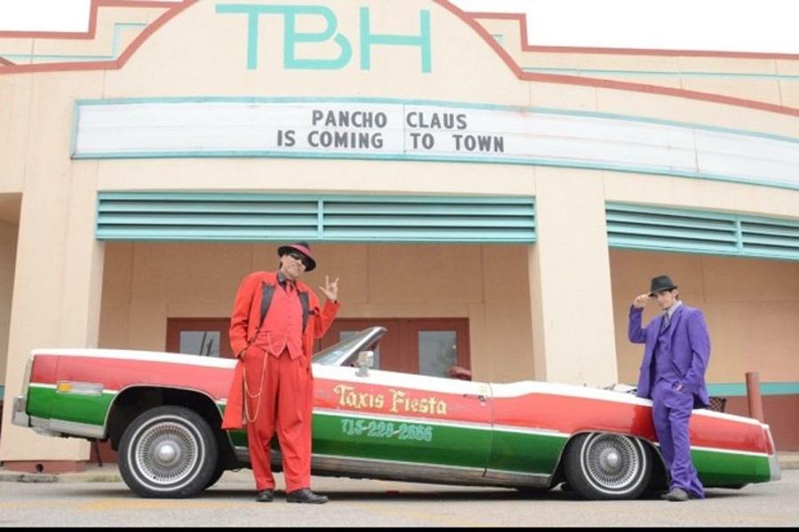 1 Richard Reyes and his son, Rene, in front of the Talento Bilingüe de Houston theater.Art Ornelas.jpg