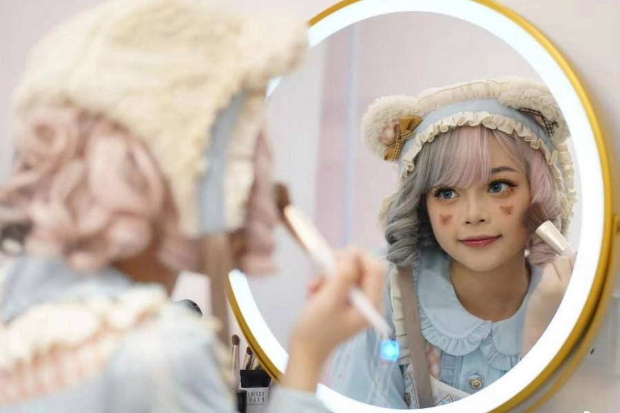 _900 x 600  Chinese-anime-cosplay-1240x698.jpg