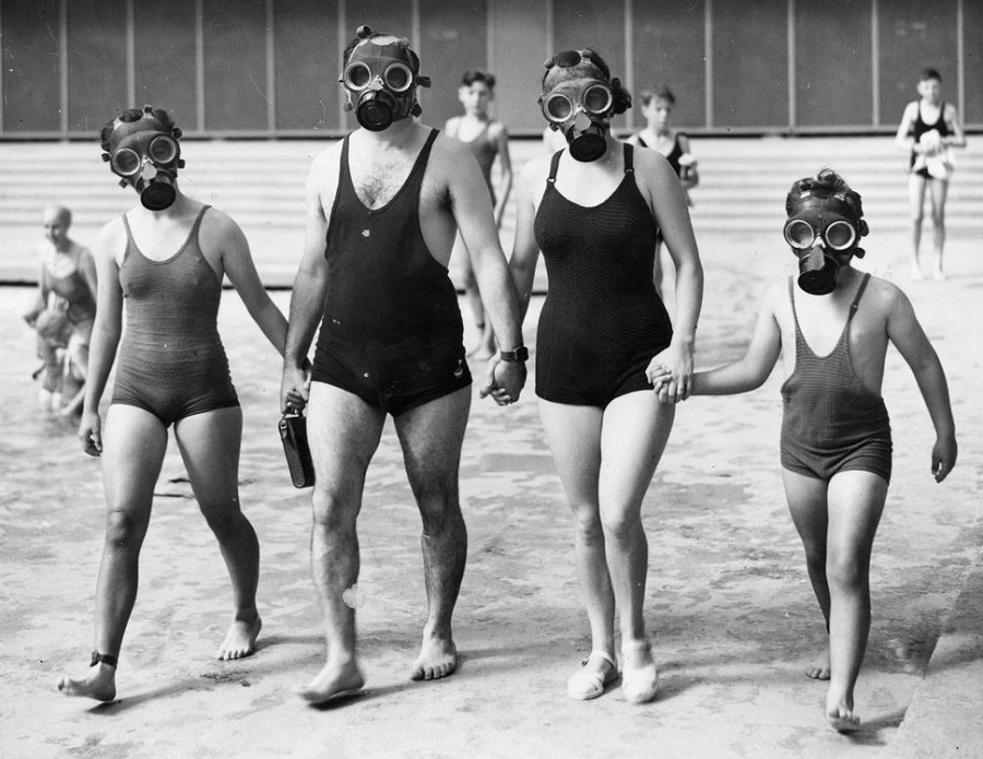 7  A family use respirators at the Empire Pool, Wembley, London on August 21, 1938.jpg