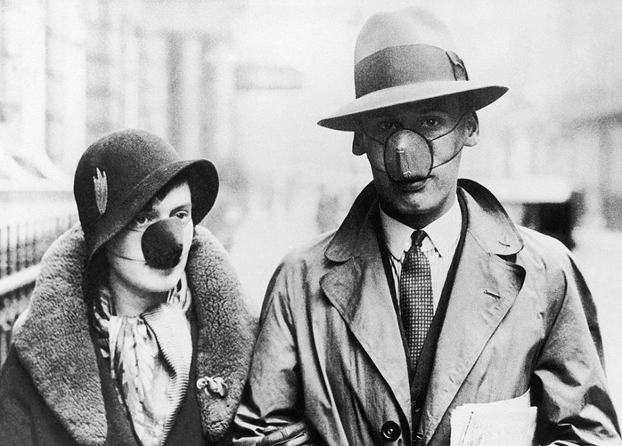 3  1930 In the 1930s, as now, not everyone believed in the benefits of covering both the mouth and nose.jpg
