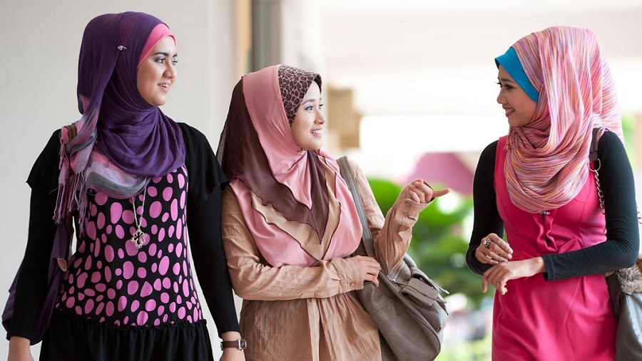 Muslim-girls-Abaya-Phto-Credit-University-of-Oxford.jpg