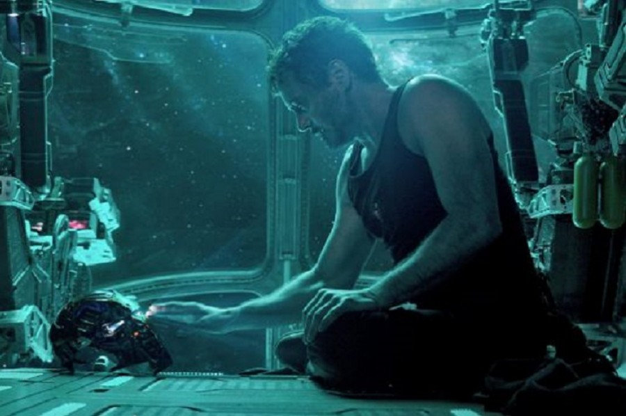 2019 Роберт Дауни мл. Мстители Финал  Robert-Downey-Jr.-Iron-Man-Avengers-Endgame.jpg
