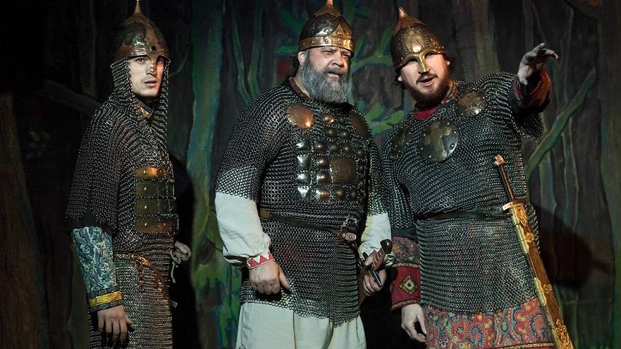 Битва на сказочном поле, или сколько российскому богатырю быть дураком и