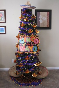 5  cb10fa25867b8276fcdf5208aba4bc8a--holiday-tree-xmas-trees.jpg