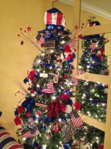 7  c90fb249bb6a08eb664c375e926f24f6--holiday-tree-xmas-trees.jpg