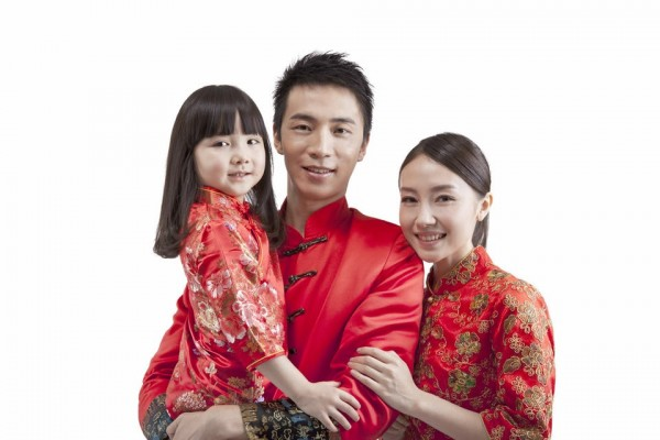 2   chinese-new-year-clothes-family-in-tang-suit.jpg