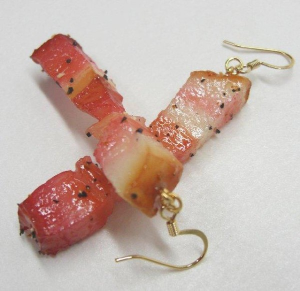 Japanese-accessories-from-Fake-Food-003.jpg