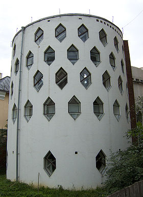 280px-Melnikov_House_photo_by_Arssenev