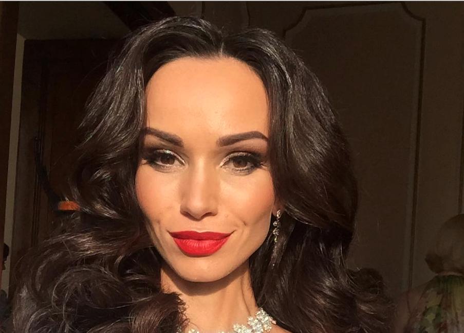 Красивые женщины русские домохозяйки 13
