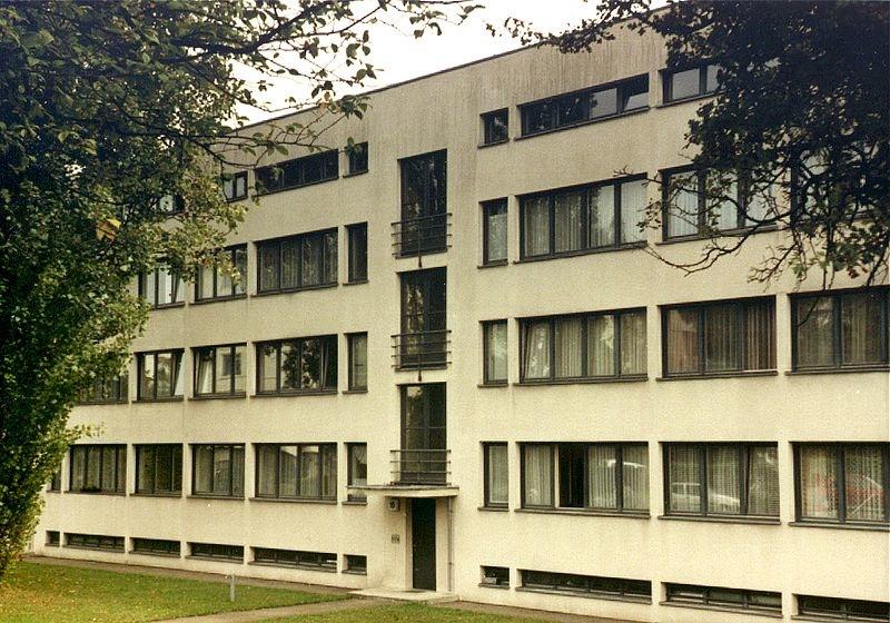 800px-Weissenhof_Mies_1