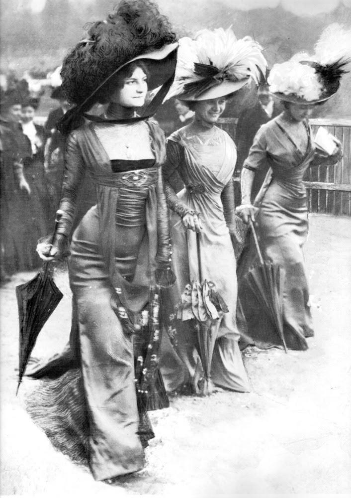 Vintage Beauties 1908