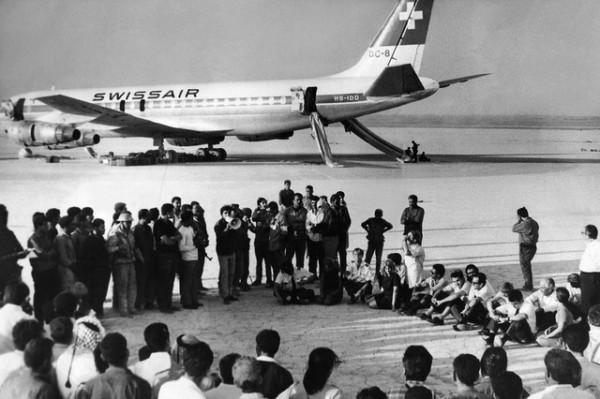 В сентябре 1970 года взятые палестинцами в заложники 145 пассажиров и 12 членов экипажа рейсового самолета авиакомпании Swissair были освобождены в Иордании