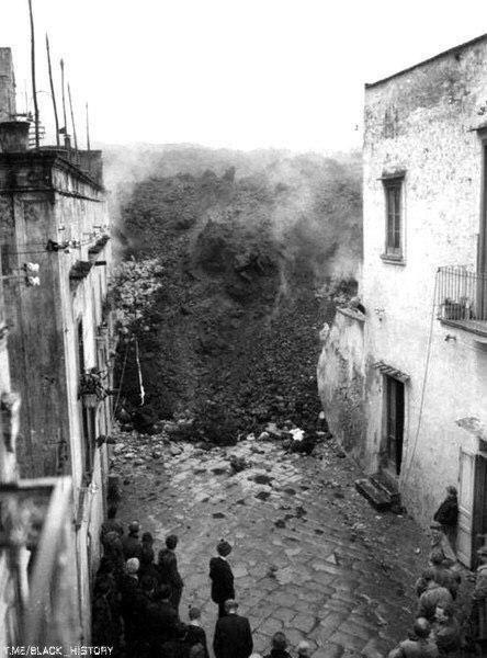 Извержение вулкана Везувий, 21 марта 1944 года, Сан-Себастьяно, Италия
