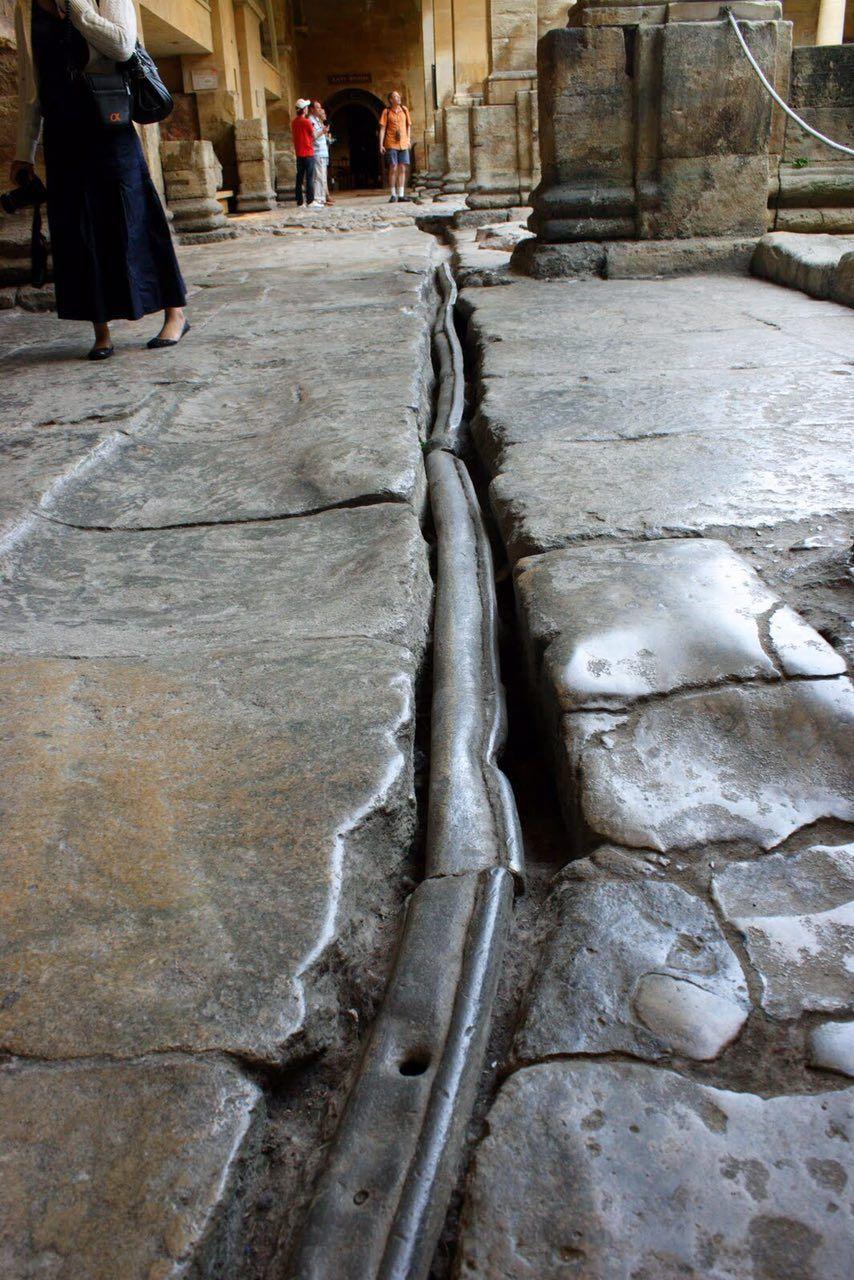 Водопровод, «сработанный ещё рабами Рима»