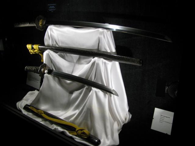 Настоящие средневековые самурайские мечи