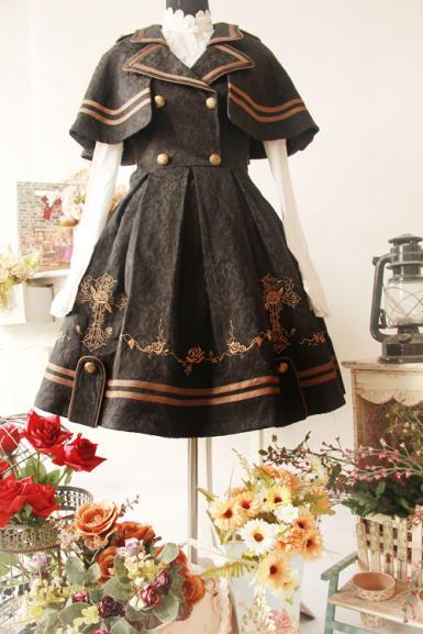 infanta_butterfly_coffin_embroidery_jsk_cape_set_4