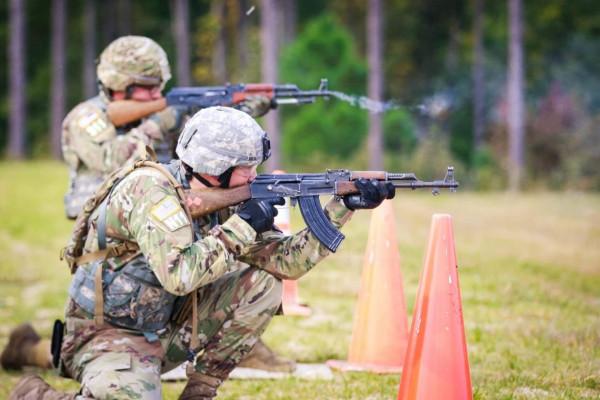 Зачем US Army закупает патроны для АКМ?