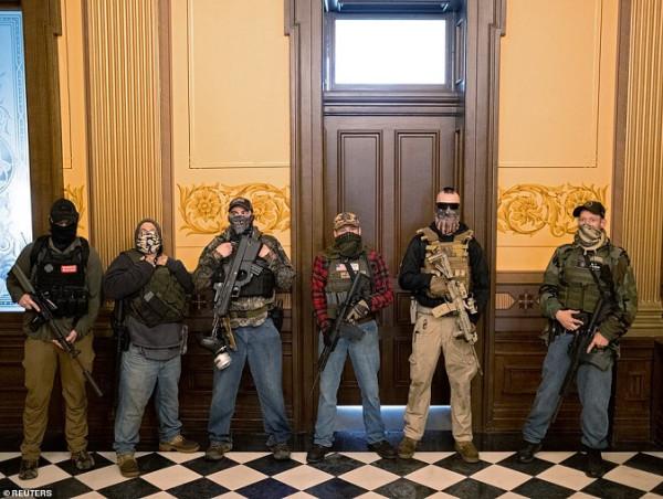 Вооруженные протесты в штате Мичиган