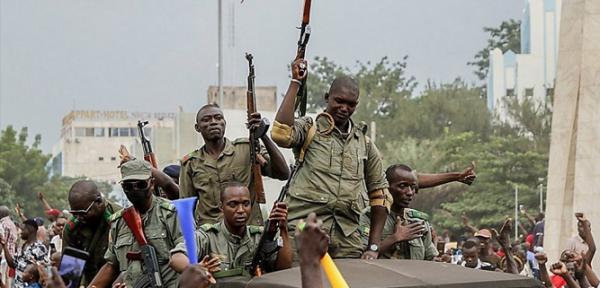 Мали. Очередной военный переворот. Фото AFP