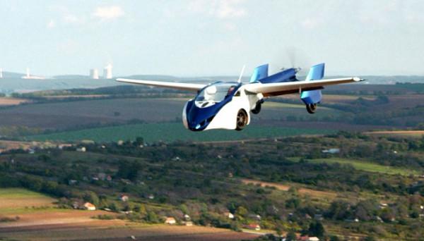 Видео дня. Автомобиль + самолет в одном AeroMobil'e
