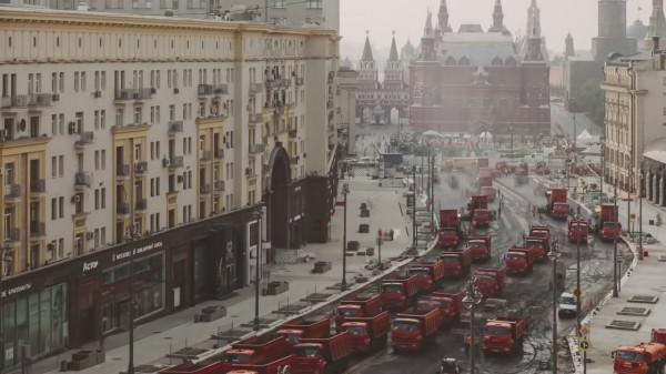 Видео дня. Англичане в шоке от темпов дорожных работ в Москве!